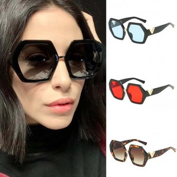 Iconic style timeless cool retro heptagon sunglasses