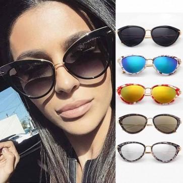 Shell shaped frame metal temple cat eye sunglasses