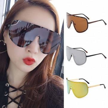 Modern Shield Metal Frame Pilot Sunglasses with Rivets