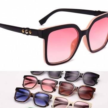 Trendy fashionable women's square oversize sunglasses