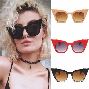 Modern metallic rivets embellished cat eye sunglasses