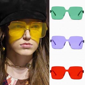 Flat Lens Retrospective Appeal Light Square Sunglasses
