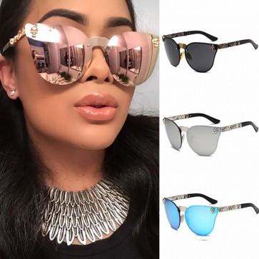 Skeleton head rivets high pointed cat eye sunglasses