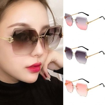 Large Modern Square Gradient Faceted Lens Sunglasses