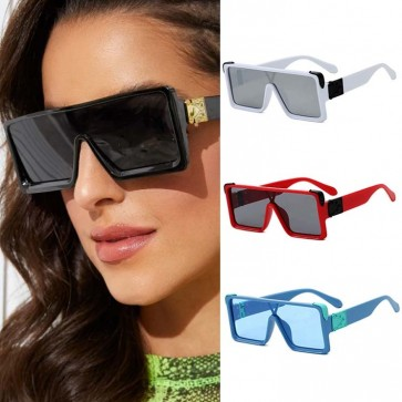 Flat top modern gold hinge square oversize sunglasses