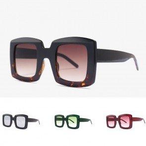 Cute bold rim square candy color boxy big sunglasses