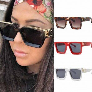 Bold Square Frame Gold Tone Rim Oversized Sunglasses