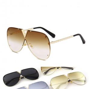 Oversized 'V' nose bridge flat top aviator shades