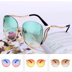 Casual double tone tinted oversize rimless sunglasses