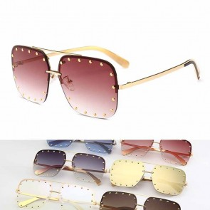 Quintessential aviator sunglasses stunning go-to style