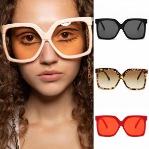 Retro oversized frame women square gradient sunglasses