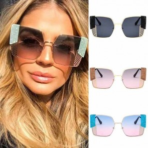 Boxy bold frame square sunglasses w/ side net shields