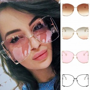 Oversize modern see-through lens shades pearl leg tips