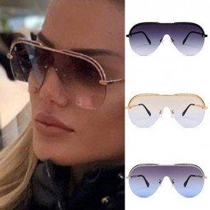 Trendy fashionable women's aviator oversize sunglasses