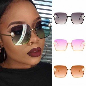 Pearls Decorated Square Sunglasses Retro Luxury Shades