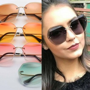 Oversized butterfly silhouette vintage glam sunglasses