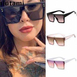 Oversize square frames retro chic flat top sunglasses