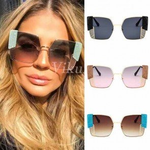 Boxy bold frame square sunglasses w/ side net shields