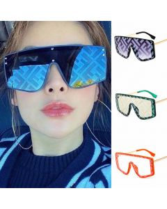 Oversized Letter Print Flat Top One Piece Sunglasses