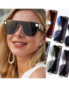 Luxury flat top mono lens gold V logo sunglasses