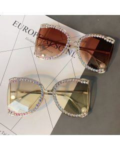 Pearl Temple Tips Oversize BLING diamante Sunglasses