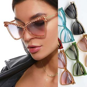 Luxury Rhinestones Frame BLING Cat Eye Sunglasses