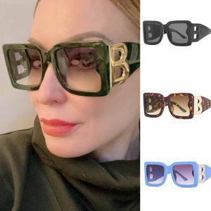 Oversized Gold Tone 'B' Letters Square Sunglasses