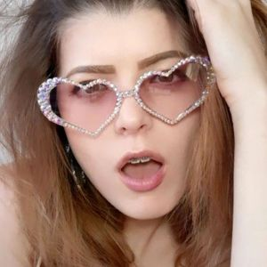 Vintage Cute Heart Luxury Rhinestones Bling Sunglasses