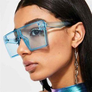 One piece flat top frame square mono lens sunglasses